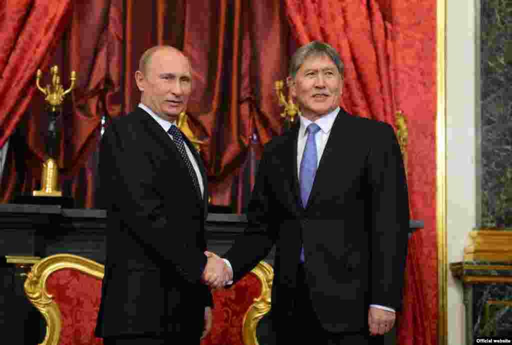 Встреча Алмазбека Атамбаева с президентом России Владимиром Путиным. 16 мая 2013 года