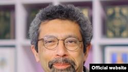 Мақола муаллифи¸ тарихчи профессор Адиб Халид.