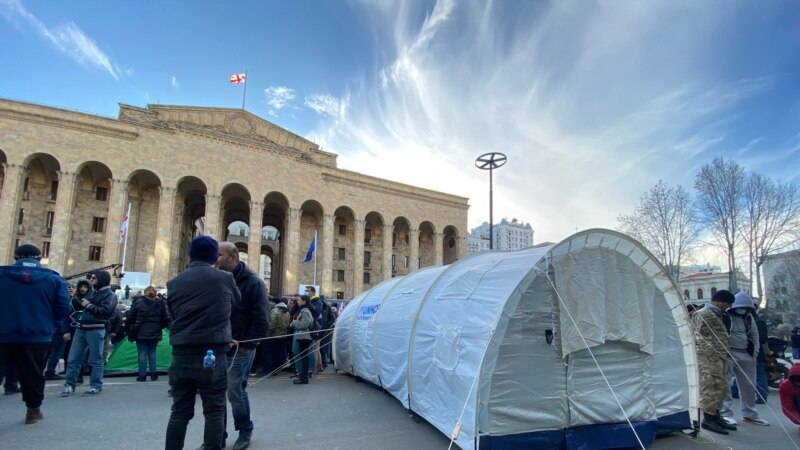 Georgian Opposition Set Up Tents In Front Of Parliament