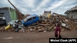 Պտտահողմի ավերիչ հետևանքները, Միկուլչիցե գյուղ, Չեխիա, 25 հունիսի, 2021թ.