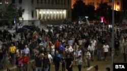 В сряда вечер се проведе 42-ят пореден протест с искане за оставката на правителството на Бойко Борисов и на главния прокурор Иван Гешев