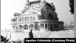 ROMÁNIA - Ion Cristodulo, politikai elítélt, aki a kaszinó felújítását iránytotta az ötvenes évek elején. A kép 1988-ban készült, amikor visszatért Konstancába.