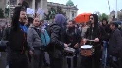 Bubnjar sa protesta: Biću uz studente svaki dan