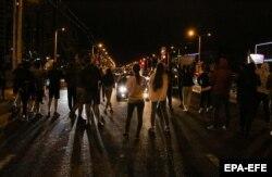 Протести в Мінську вночі проти 13 серпня