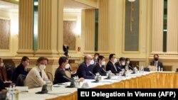 Delegațiile participante la negocieri, Viena, mai 2021