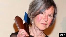 Поетеса и универзитетска професорка - Луиз Глик, годинешната нобеловска за литература