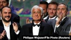 Киноактёр Жан-Поль Бельмондо Париждеги Цезарь сыйлыгын тапшыруу аземинде. 24-февраль, 2017-жыл.