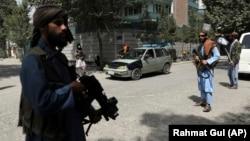 یو شمېر وسلهوال طالبان