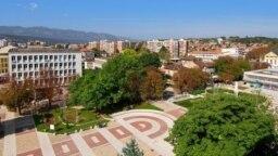 Мездра е втората община в България след Балчик, която наложи мораториум на 5G мрежата.