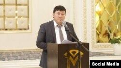 Муратбек Арыстанбеков.