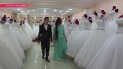 Коҳиши ҷашнҳои арӯсӣ дар Тоҷикистон