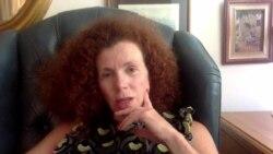 """""""Я надеюсь вернуться"""". Интервью с Юлией Латыниной о причинах отъезда из России"""