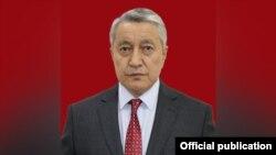 Болотбек Купешев.