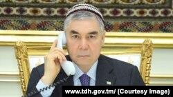 Gurbanguly Berdimuhamedow. TDH-nyň fotosuraty