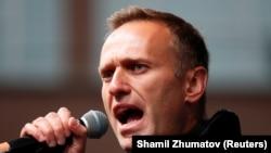 Навальний – не перший критик Кремля, якого могли отруїти – BBC