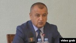 Музаффар Ашӯриён, вазири адлияи Тоҷикистон