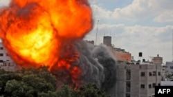 ارتش اسرائیل جمعه از زمین و هوا غزه را مورد حمله قرار داد
