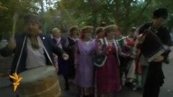 """Кырымда """"Түгәрәк уен"""" татар фольклор фестивале ачылды"""