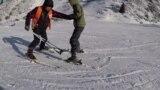 Горные лыжи без преград. Как инициатива казахстанцев сплотила родителей и детей с особенностями развития