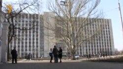 Донецк: здание Областной администрации снова под контролем властей