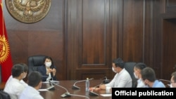 Вице-премьер-министр Аида Исмаилова ыктыярчылардын жолугушуусу. 22-июль, 2020-жыл.