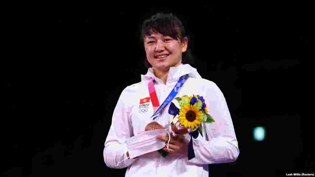 Мээримдин байгеси эгемен Кыргызстандын Олимпиада тарыхында кыз-келиндер арасындагы алгачкы медал.