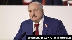 Аляксандар Лукашэнка падчас выступу 12 лютага