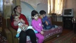 Altı uşaq anası: 'Yoldaşım işsiz qalıb''