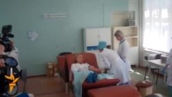 Tymoshenko Donates Blood For Wounded Ukrainian Soldiers