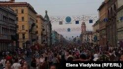 "Санкт-Петербург, праздник ""Алые паруса"""