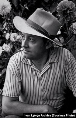 Iván Litvin, művész és fotós, az 1960-as évek közepén.