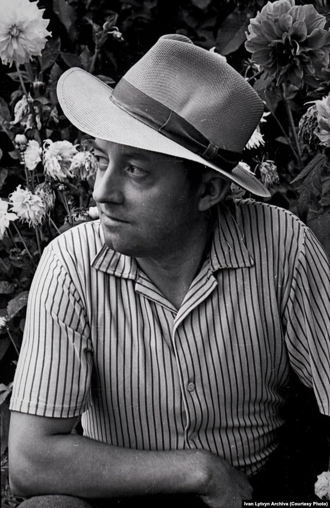Фотограф та художник Іван Литвин. Фото середин 1960-х років