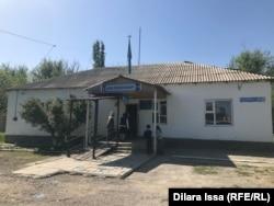 Кызылжарская малокомплектная школа, где всего четыре кабинета. Туркестанская область, Сайрамский район, 28 апреля 2021 года.