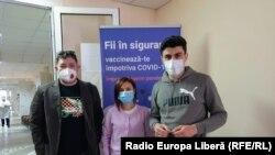Redacția Europei Libere se vaccinează, Chișinău, 14 aprilie 2021.