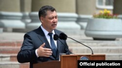 Президент Садыр Жапаров. Мамлекеттик иш-чаралардын биринде тартылган сүрөт.