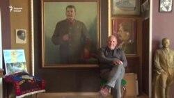 """""""Ман омодаам ҷонамро фидои Сталин кунам"""""""