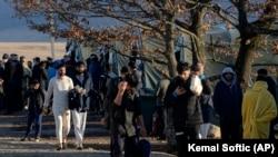 Мигрантски камп во Близина на Бихаќ, Босна и Херцеговина