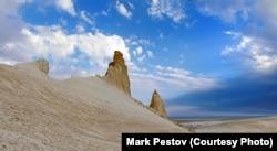 Ove spektakularne kamene formacije sada su središte žestoke rasprave o tome treba li razvijati turizam u ovom dijelu Kazahstana.