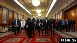 USR PLUS a plecat de la guvernare după ce a cerut, fără succes, demisia premierului Florin Cîțu.