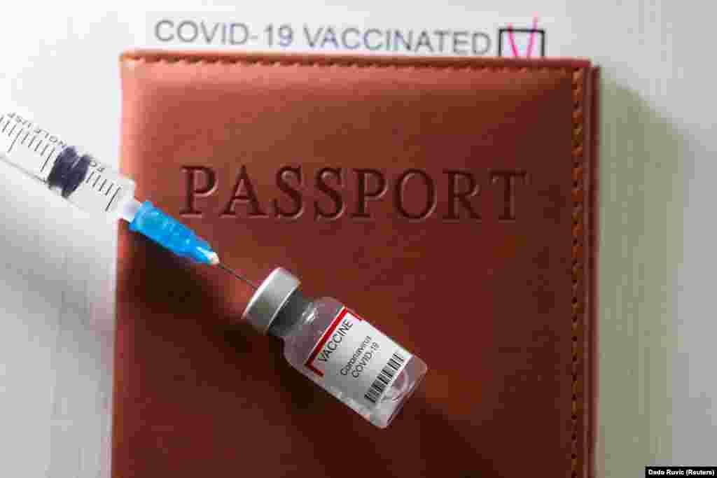 ГРЦИЈА - Од 1 јуни Грција ќе почне официјално да го спроведува во пракса европскиот дигитален ковид сертификат. Согласно објавениот акт, дигиталниот ковид пасош освен личните податоци содржи и информации поврзани со ковид за тој што го поседува. Во него се наведува дали лицето е вакцинирано, има резултати од брз или пак од ПЦР тест или дали има прележано ковид-19.