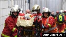 په ۲۰۱۵ کال په پاریس کې د شارلي ابدو پر دفتر په حمله کې دولس تنه ووژل شول.