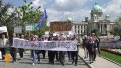 Pensionistët serbë protestojnë