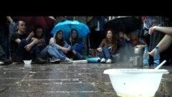 Лагерь на Чистопрудном: дождь - не помеха