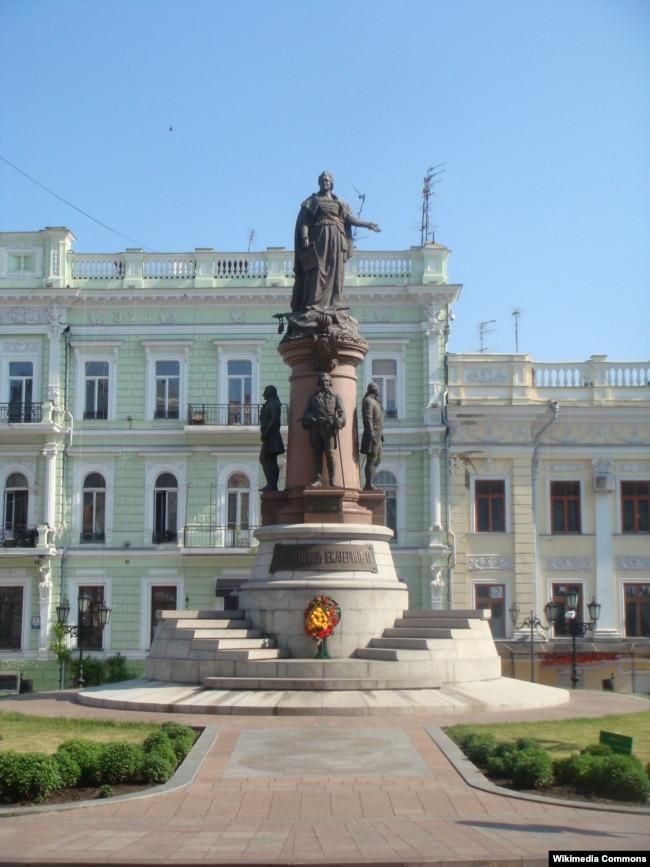 Памятник основателям Одессы, установленный в 2007 году
