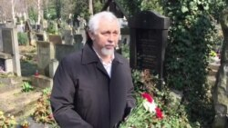 У Празе ўсклалі кветкі да магілаў прэзыдэнтаў Рады БНР. 25 сакавіка 2015