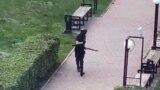 Один зі студентів зняв стрільця, який стріляв у чоловіка біля входу до Пермського університету