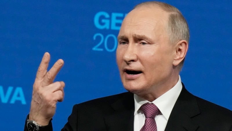 Putin's Performance At Geneva Summit Seen As A Master Class In 'Whataboutism'