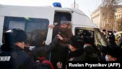 Задержания протестующих в Алматы. 10 января 2021 года.