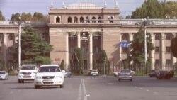 Панҷараи атрофи вазоратҳоро дар Душанбе мекананд