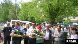 Kosovska Mitrovica: protest zbog posete potpredsednika SAD Džozefa Bajdena, 21. maj 2009.